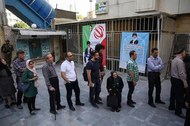 2017-05-19t054922z-143157448-rc1819adea40-rtrmadp-3-iran-election.jpg