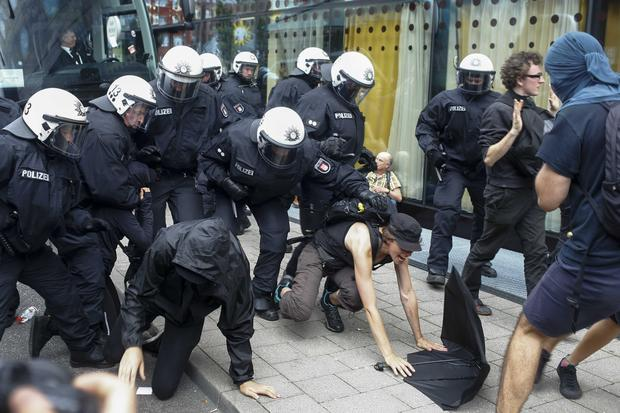 G-20 protesters clash with police