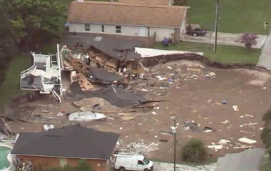 Sinkhole that swallowed two FL homes could still be expanding