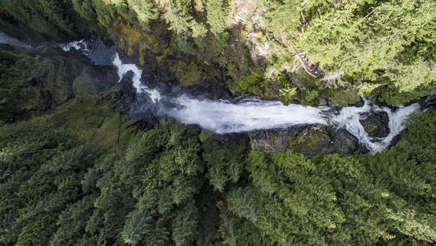 Crews search for girl who fell over Wallace Falls