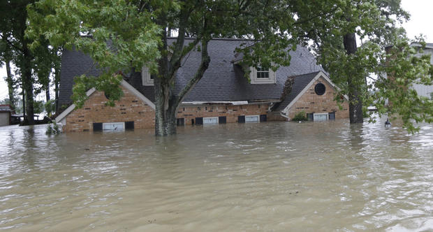 US Flood-Insurance Program Faces $9 Billion Harvey Hit, Exhausting Funds