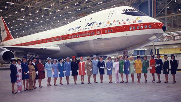 波音747与 - 飞行乘务员-620-k15981.jpg