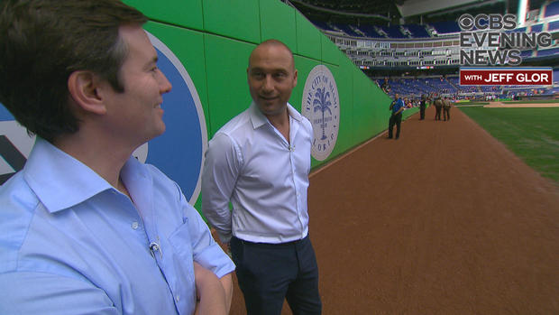 final-jeter-and-jeff-on-field-frame-13757.jpg