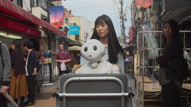 japan-robots-v06-00-24-25-00-pepper.png