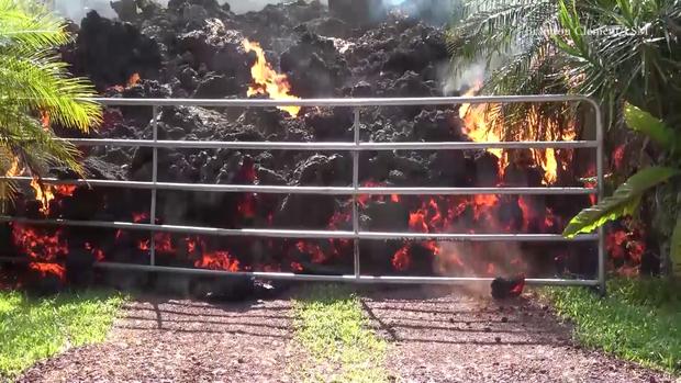 180507  - 布兰登 - 克莱门夏威夷火山熔岩01.png