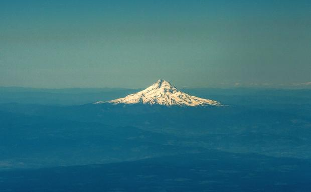 12 U.S. states where you could live near an active volcano