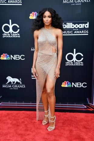 Billboard Music Awards 2018 red carpet