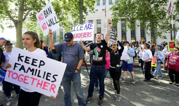 美国政治移民,法院移居者