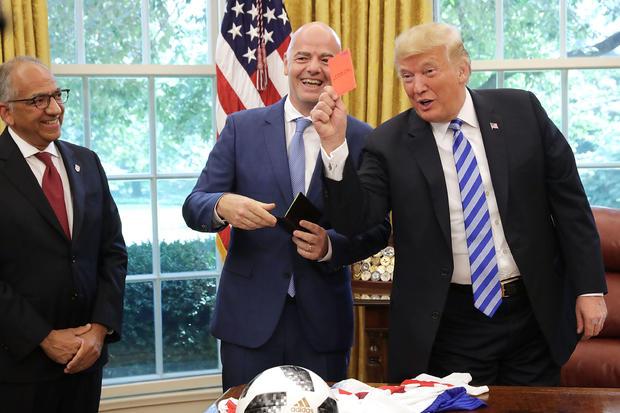 特朗普总统在白宫会见国际足联主席詹尼·恩坎蒂诺