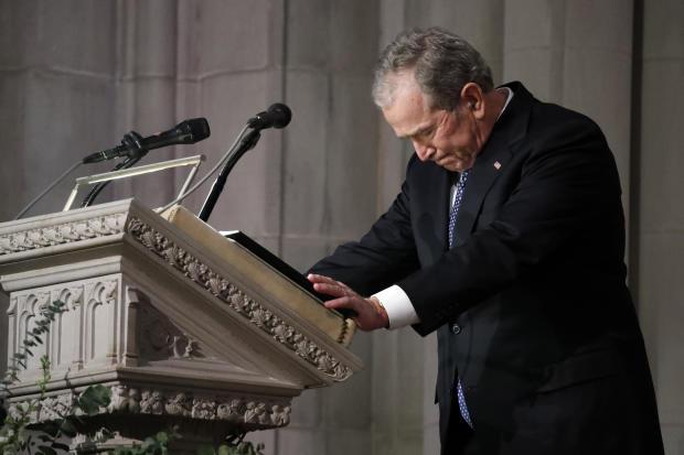国家葬礼为乔治H.W.举行布什在华盛顿国家大教堂