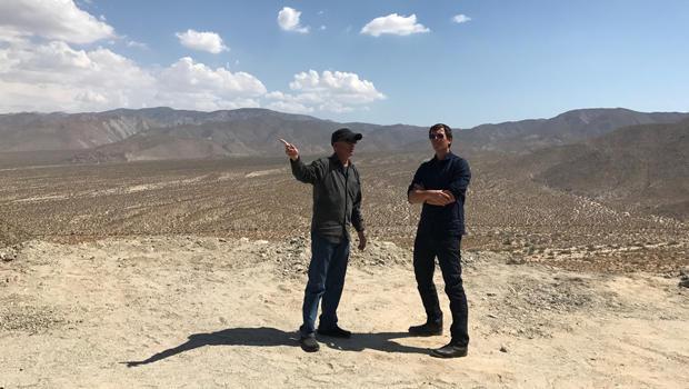 唐 - 温斯洛 - 杰夫 -  glor  - 在最南部的美国沙漠最大nowehere-620img-9200.jpg