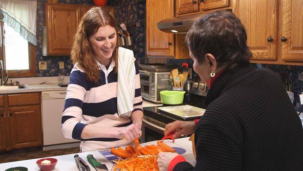 美洲 - 测试 - 厨房 - 斯蒂芬妮·帕特森志愿 - 测试 - 烹饪620.jpg