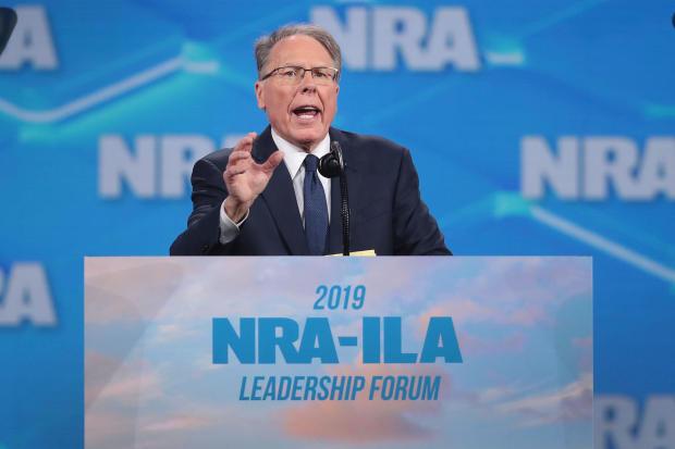 特朗普总统和其他着名领导人在年度NRA会议上发表讲话
