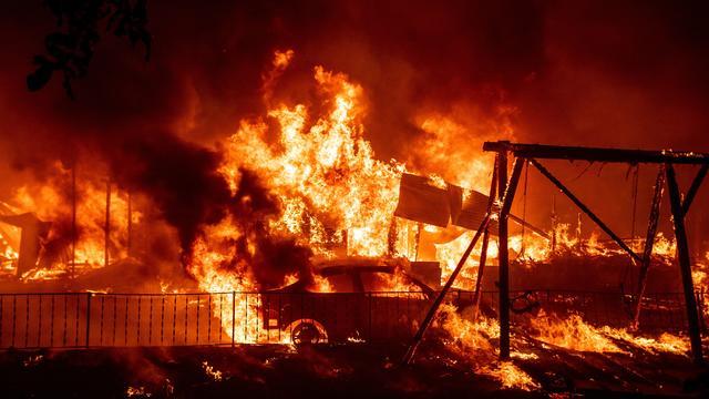 TOPSHOT-US-CALIFORNIA-FIRE