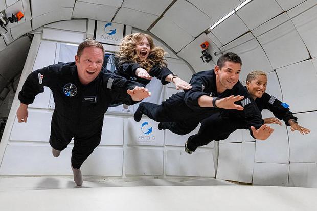 crew-floating1.jpg
