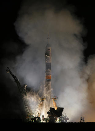 soyuz-launch-small-ap269687929791.jpg