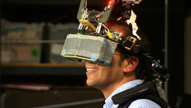 virtual-reality-headset-usc-620.jpg