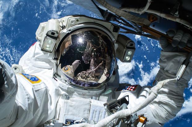 wilmore-space-selfie-620.jpg