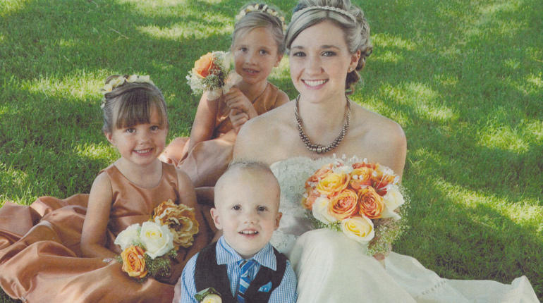 Ashley Fallis and her children
