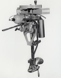 1907-evinrude-outboard-motor-244.jpg