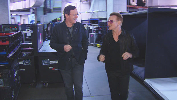 u2-anthony-mason-bono-backstage-620.jpg