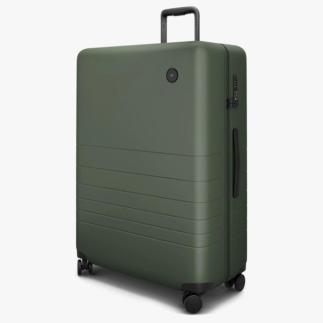 cbsnews-luggage-6.jpg