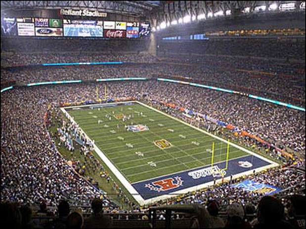 f1fc3ed4709 Super Bowl XXXVIII - Photo 1 - Pictures - CBS News