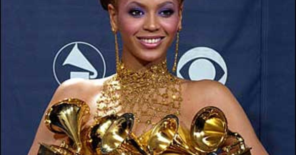 Beyonce Shines At Grammys