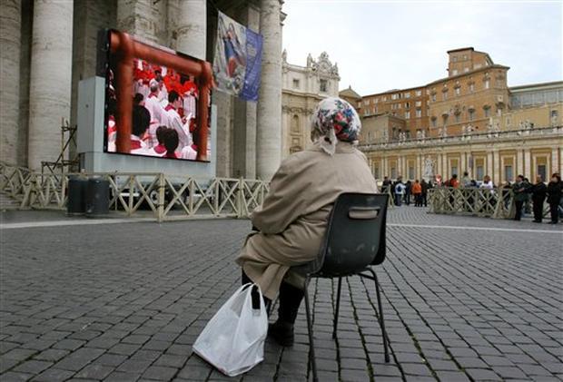 Cardinals Begin Conclave