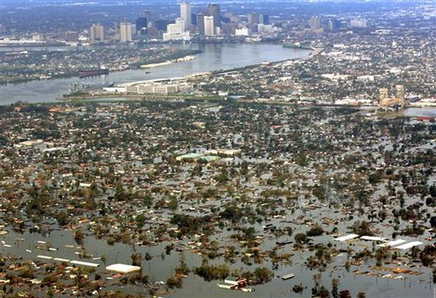 Katrina: New Orleans - Photo 1 - Pictures - CBS News