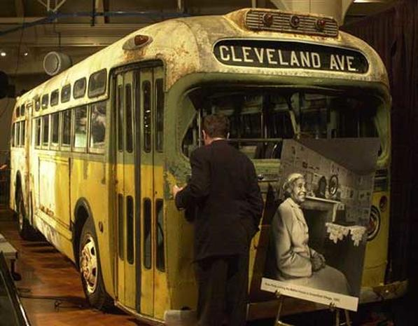 Civil Rights Trailblazer Rosa Parks Pictures Cbs News