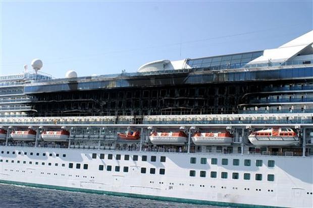 Cruise Ship Fire Photo Pictures CBS News - Princess cruise ship fire