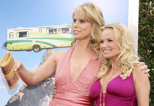 'RV' Drives  Into Theaters