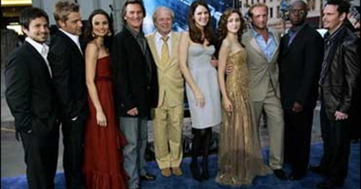 Poseidon Premieres Photo 2 Pictures Cbs News