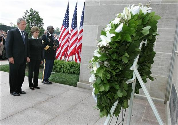 Paying Tribute at the Pentagon