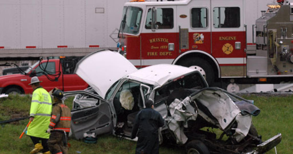 Deadly Indiana Crash - Photo 1 - Pictures - CBS News