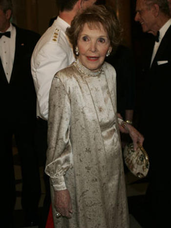 Queen Bids U.S. Farewell