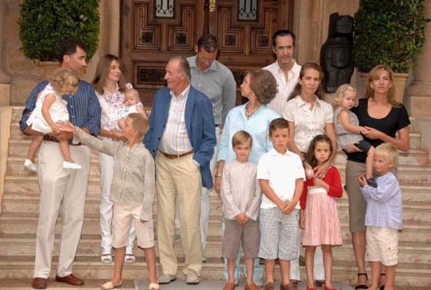Royal Vacations