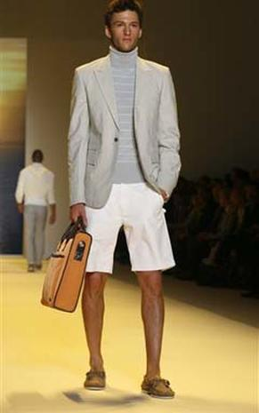 Perry Ellis Goes Casual