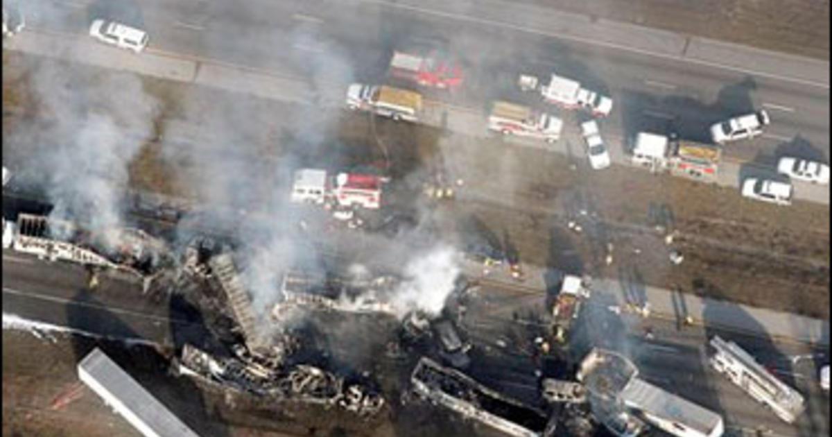 Deadly 70-Car Pileup On Smoky Fla  Highway - CBS News