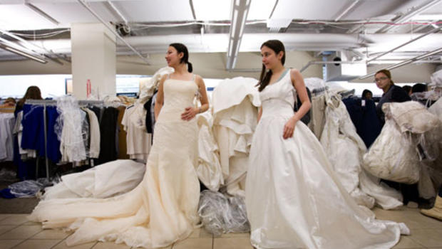 8609254c66e https   www.cbsnews.com pictures running-of-the-brides-29-2-08  https ...