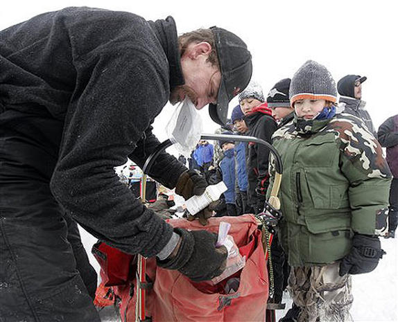 Mackey Defends Iditarod Title