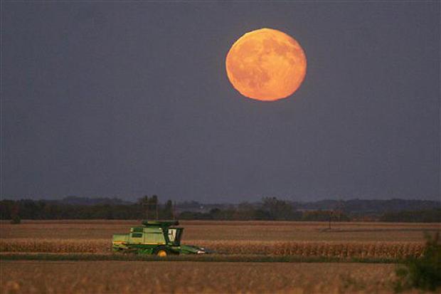 Full Harvest Moon will illuminate the night sky on Friday the 13th