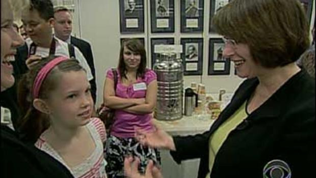 Amy Klobuchar, at right, with constituents
