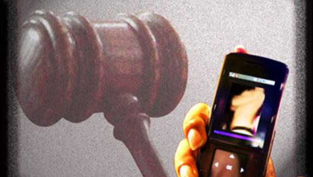Sexting teenagers run afoul of child pornography laws