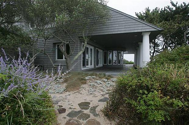 Madoff's beach house seized