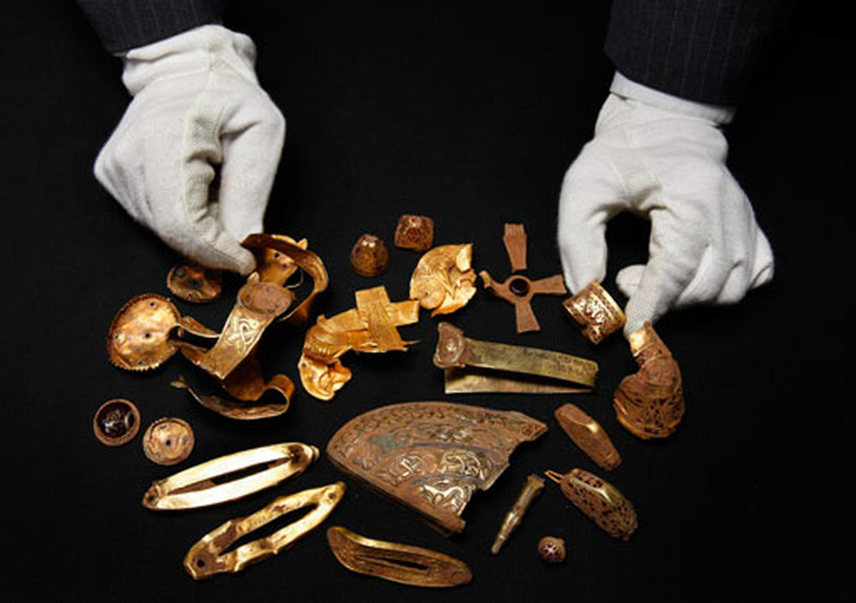 Gold and silver found in treasure hoard field central - itv .