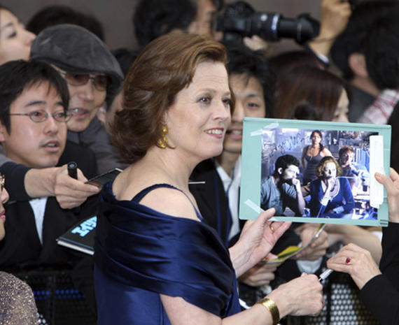 Tokyo Rolls Out the Green Carpet