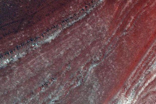 Latest Mars Fly-By Brings Back an Image Trove
