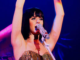 "Beach Boys Threaten Katy Perry Over ""California Gurls""? No Lawsuit Just Yet"